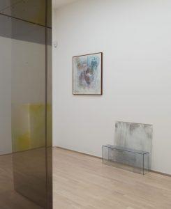 <i>mentally yellow (high noon), </i> 2017 </br> installation view, stadtische galerie im lenbachhaus, munchen