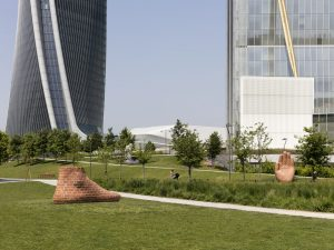 hand and foot for milan, installation view, art line park of contemporary art, milano, 2018