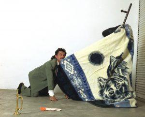 yoshua okón</br><i>coyotería</i>, 2003</br>video</br>17'02''