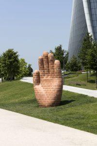 <i>hand for milan</i>, 2018 </br> installation view, ArtLine Milano, milan