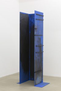 <i>untitled,</i> 2013 </br>  steel, paint, magnets </br> 180 x 61,5 x 46 cm / 70.8 x 24.2 x 18.1 in