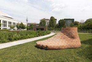 <i>foot for milan</i>, 2018  </br> installation view, ArtLine Milano, milan