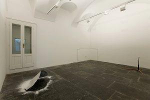 <i>gianni caravaggio</i>, 2008 </br> installation view, kaufmann repetto, milan