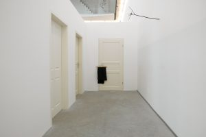 <i>turen, judith hopf and henrik olessen</i>, 2007  </br> installation view, portikus, frankfurt