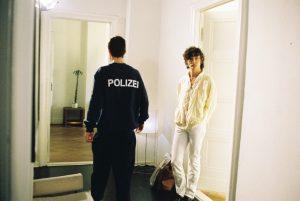 <i>turen, judith hopf and henrik olessen</i>, 2007  </br> video, color, sound, 5'