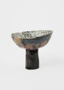 <i>untitled</I>, 2019 </br> glazed ceramic, 18,4 x 21,6 x 21 cm / 7.3 x 8.5 x 8.3 in