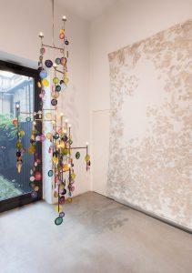 <i>demimondaine</i>, 2017  </br>  installation view, kaufmann repetto, milan