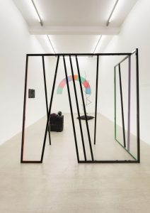 eva rothschild, installation view, kaufmann repetto, milano, 2017