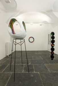 eva rothschild, installation view, francesca kaufmann, milan, 2009