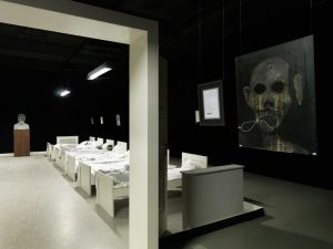 (white reformation co-op) mens sana in corpore sano, installation view, kunsthalle fridercianum, kassel, 2010