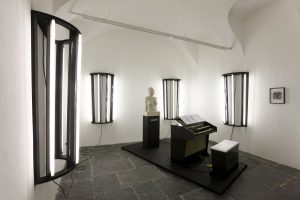 <i>ilsatin</i>, 2010 </br> installation view, Francesca kaufmann gallery, milan