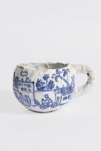 untitled, 2009 ceramic, glaze 3.75 x 5.5 x 4 inches