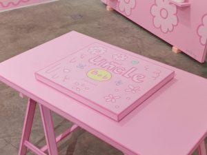<i>table</i>, 2014 </br> acrylic paint on wood, 74 x 73,7 x 127,2 cm / 29.1 x 29 x 50 in