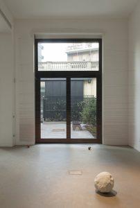 <i>tessitore di albe</i>, 2011</br>installation view, kaufmann repetto, Milan