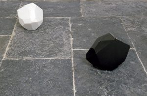 <i>cosmicomiche</i>, 2006</br>white marble, black marble, red lentils</br>35 x 25 x 25 cm / 13.7 x 9.8 x 9.8 (each)