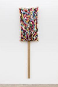 <i>untitled</i>, 2015</br>oil on canvas</br>223 x 61 x 20 cm / 87.8 x 24 x 7.9 in