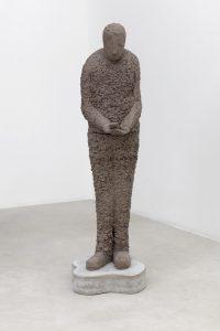 <I>Phone User, 3</I>, 2021 </br> clay, concrete plinth</br> 170 x 45 x 51 cm / 66.9 x 17.7 x 20 in