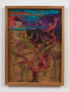 <I>Falsa higuerita</I>, 1988 </br> mixed technique textile</br> 109 x 81,2 x 7 cm / 42.9 x 32 x 2.7 in